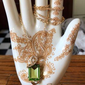 Jewelry - Large peridot rhinestone necklace